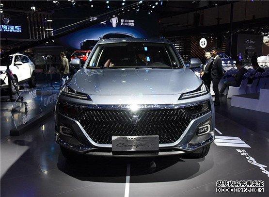 """猎豹Coupe车型出众造型 上演""""军事风采×时尚""""的跨界"""
